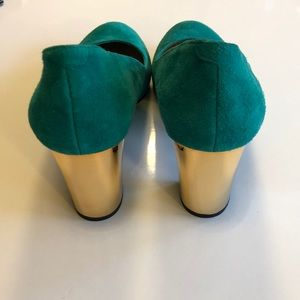 Dolce Vita Shoes - Dolce Vita Dollie Suede with Gold Heel Shoes - 8.5